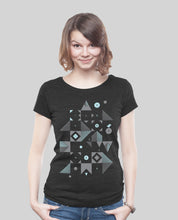 "Laden Sie das Bild in den Galerie-Viewer, Low Cut Shirt Dark Heather Black ""Blocks"""