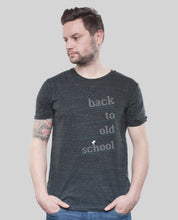 "Laden Sie das Bild in den Galerie-Viewer, Bio T-Shirt Dark Heather Grey ""Oldschool"""