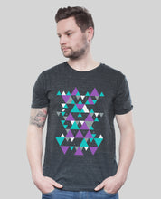 "Laden Sie das Bild in den Galerie-Viewer, Bio T-Shirt Dark Heather Grey ""Triangle"""