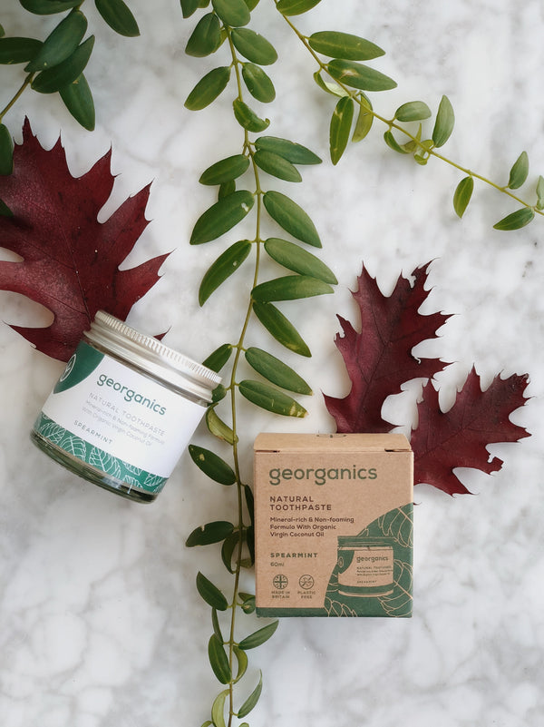 natural and organic toothpaste with spearmint flavour by Georganics with its zero waste packaging