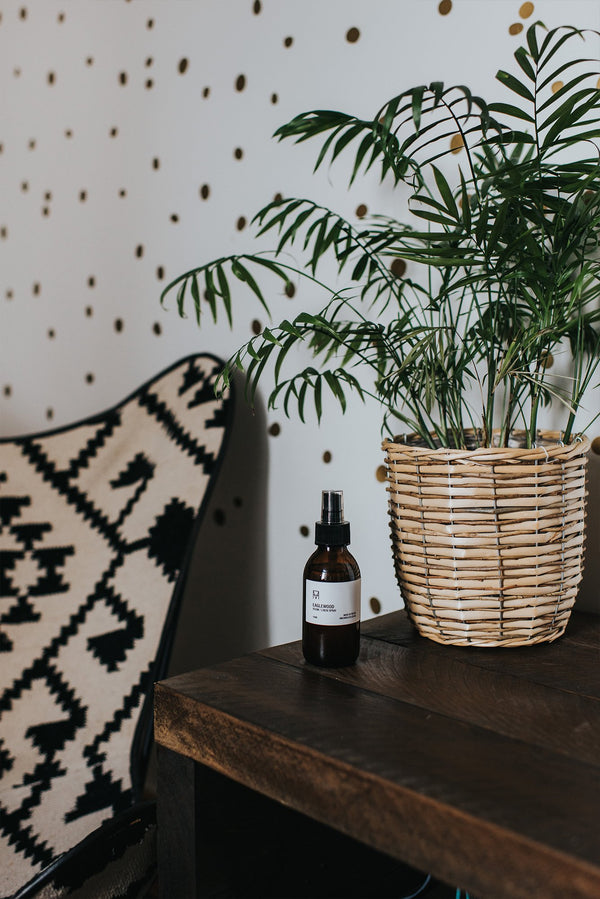 Room & Linen Spray - Eaglewood, Handmade Candle Co., The Clean Market