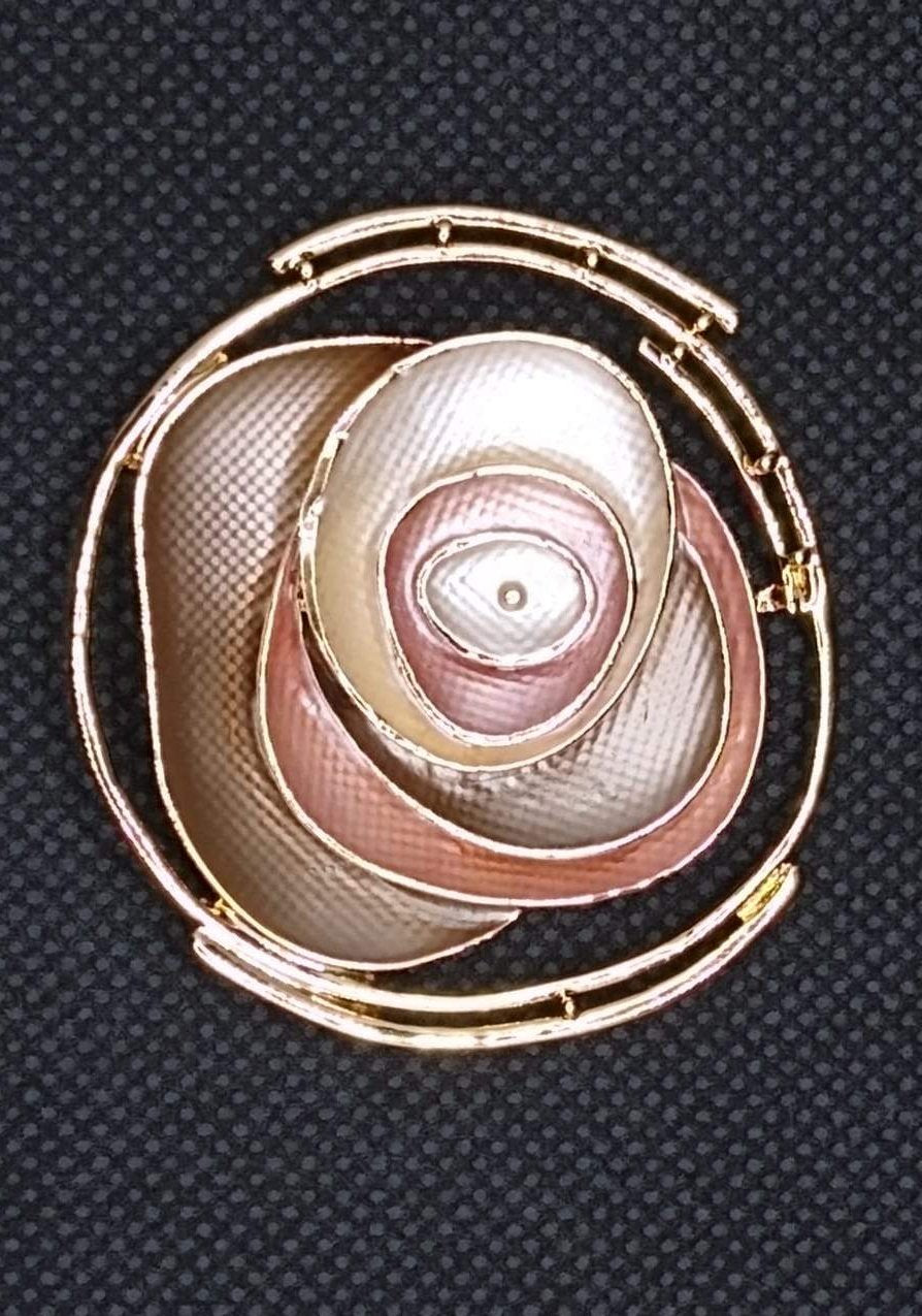 Magnetic Scarf Fastener/Brooch Abstract Rose Circle Detail