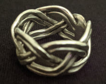Load image into Gallery viewer, Adjustable Plaited Metal Ring