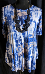 Saloos Short Sleeve Top  with Abstract and Necklace - 49181665