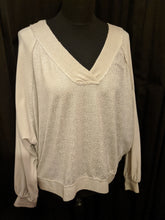 Load image into Gallery viewer, Italian V neck sweater