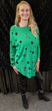 Load image into Gallery viewer, Italian fine knit jumper with spots in long line