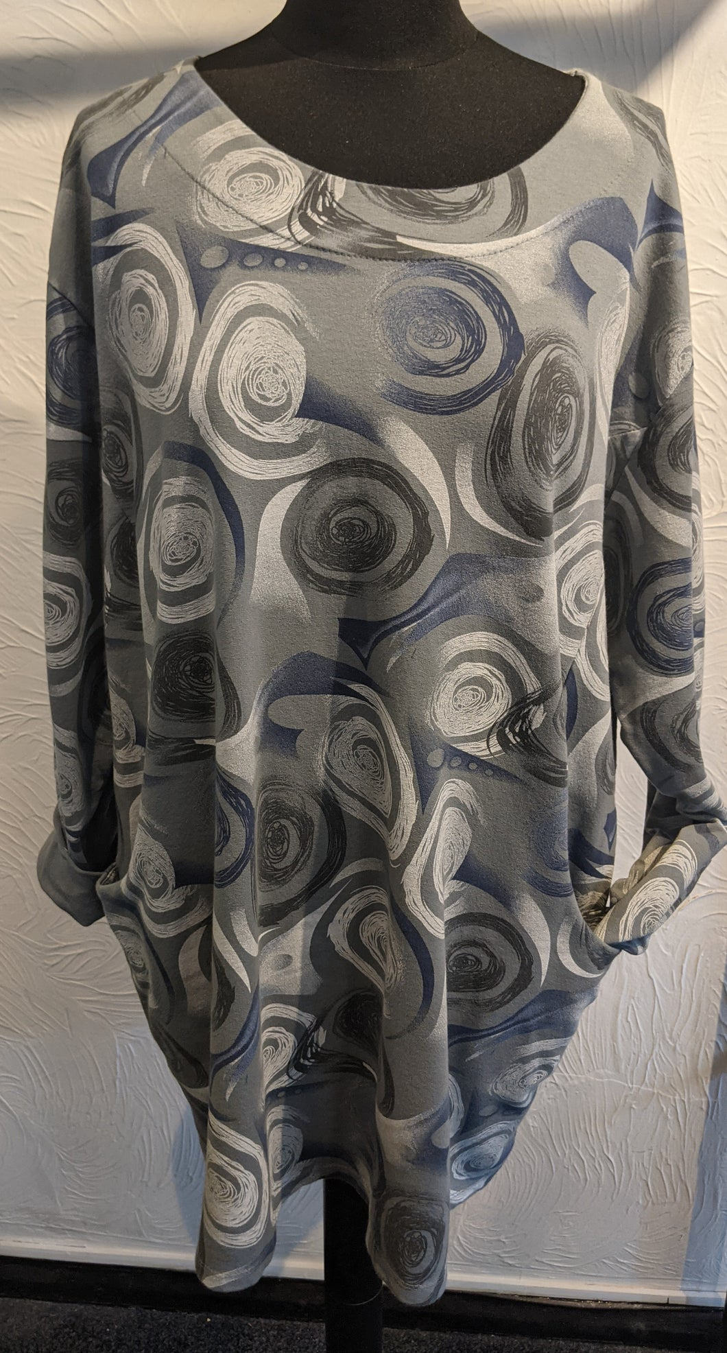 Long Line Sweatshirt with Abstract Swirl Rose Print