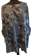 Load image into Gallery viewer, Lightweight Cotton Top with Floral Pattern and Roll Up Sleeve
