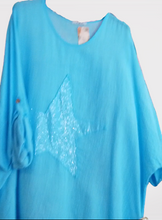 Load image into Gallery viewer, Lightweight Tunic with Big Clear Sequin Star