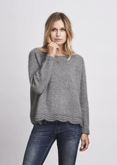 Ahhhh mink, lovely and soft grey sweater with lace edge at the bottom, made in Önling no 3 mink yarn