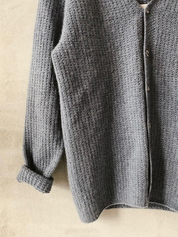Camille cardigan with moss stitch, knit in merino wool - Önling Nordic knitting patterns and yarn