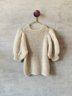 Chunky T-shirt in white mohair and No 12 yarn