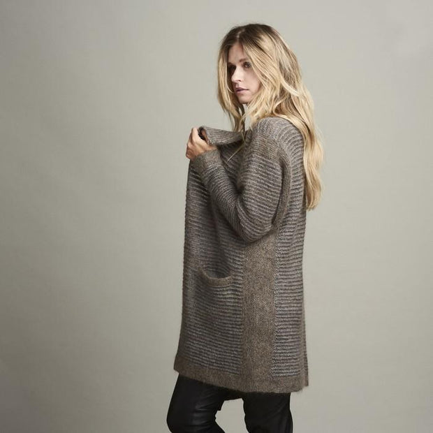 Dakkar long, open and cozy knitted cardigan with narrow grey and brown stripes, made in Isager Alpaca, Highland wool and silk mohair, the side