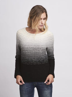 Dip Dye colors sweater knitted in önling No 2 merino wool in white, grey and black.