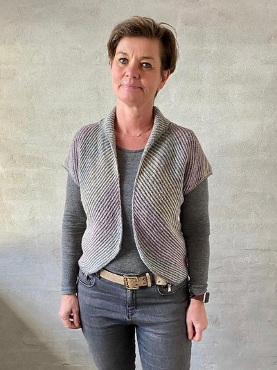 Duet vest by Hanne Falkenberg, knitting kit Knitting kits Hanne Falkenberg