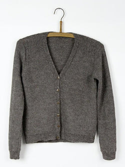 Ebony cardigan, Isager kit