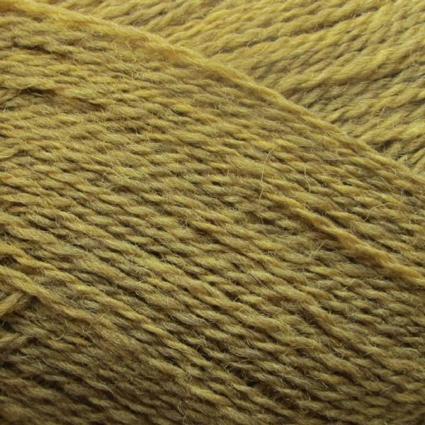 Isager Highland Wool yarn, the color Curry (yellow), made of 100 % Peruvian Highland Wool.