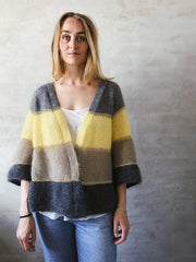 Yarn kit Shiruku Kimono, in a striped short version.