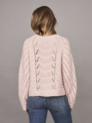 Magnum sweater with lace pattern, knitted in Önling no 1 merino wool and lamana cusi alpaca, light pink