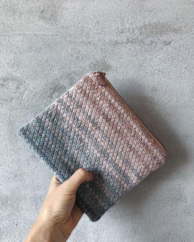DIY makeup clutch with embroidery and a beautiful dip-dye color pattern