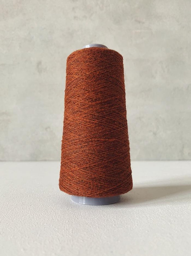 Önling No 13 – accompanying Cashmere thread in copper