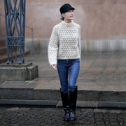 Spot sweater af Anne Ventzel, No 1 kit Strikkekit Anne Ventzel