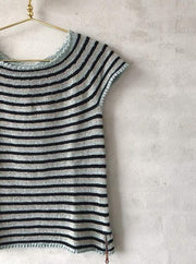 Striped summer top in one color, No 12 knitting kit