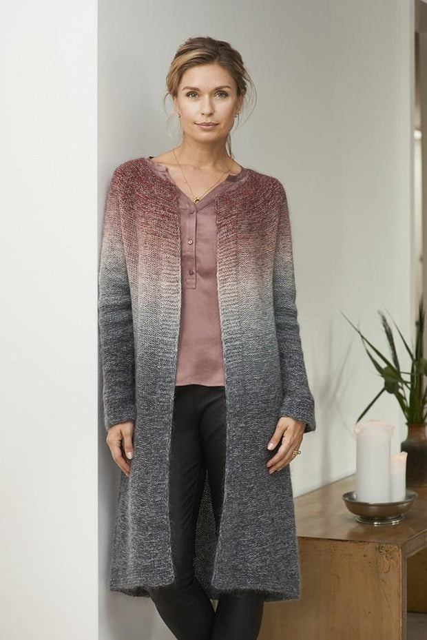 Aud long knitted cardigan with dip dye color change, knitted in Isager Spinni and Silk Mohair