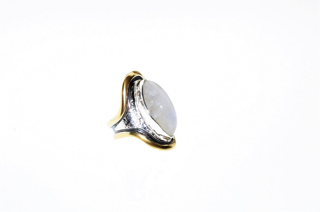 Moonstone ring,set in sterling silver and gold plated