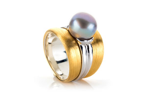Sterling Silver Gold Plated with Black Pearl Ring