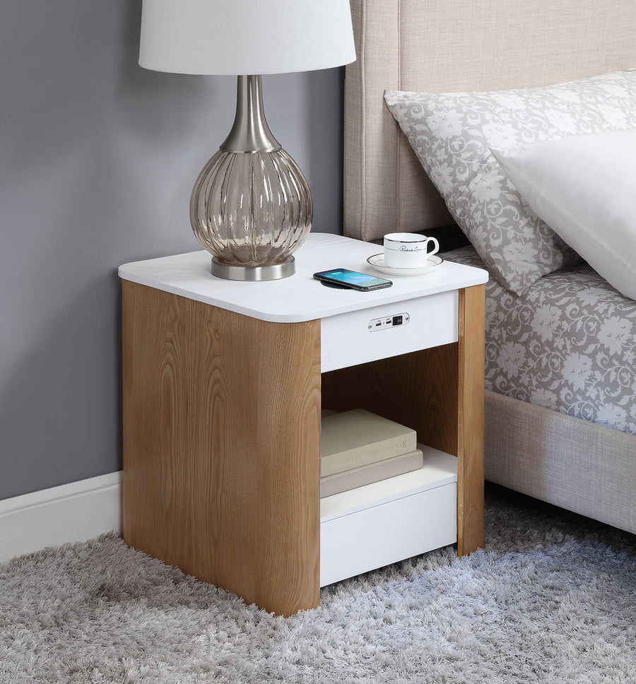 JF403 San Francisco Smart Charging Bedside/Lamp Table