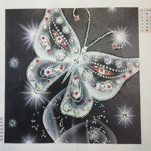Load image into Gallery viewer, Shiny White Butterfly - Special Diamond Painting