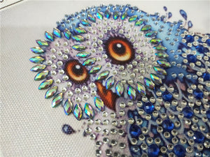 Blue Owl on Tree  - Special Diamond Painting