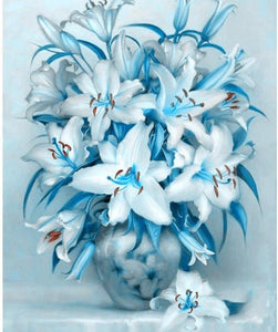 Graceful White & Blue Flowers Painting Kit