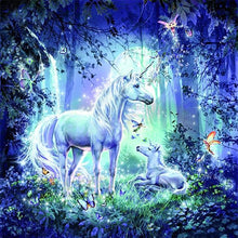 Load image into Gallery viewer, Fantasy Land Unicorns Painting Kit