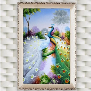 Glamorous Peacock Pair Diamond Painting Kit