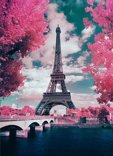 Eiffel Tower 5D Diamond Painting