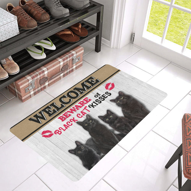TH 9 Beware Of Black Cat Rubber Doormat