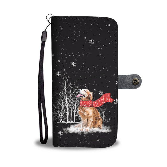 TR Golden Retriever Enjoys The Snow Wallet Case