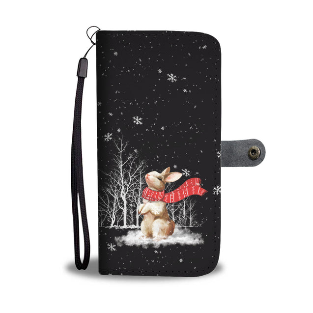TR Rabbit Enjoys The Snow Wallet Case