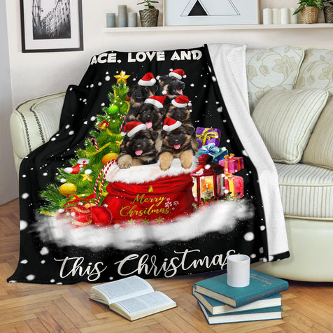SHN 7 Xmas bag German Shepherd blanket