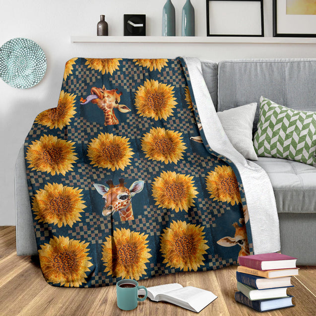 TH 32 Giraffe Sunflower Square