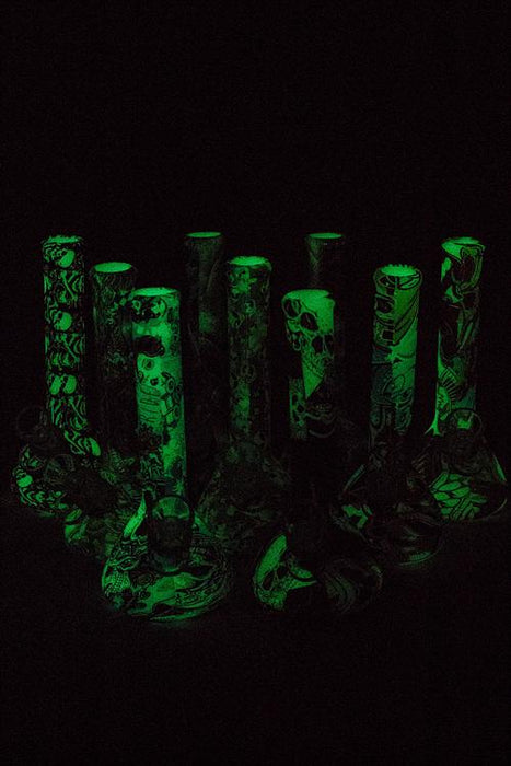 "7.5"" Glow in the dark silicone tube mini water bong"