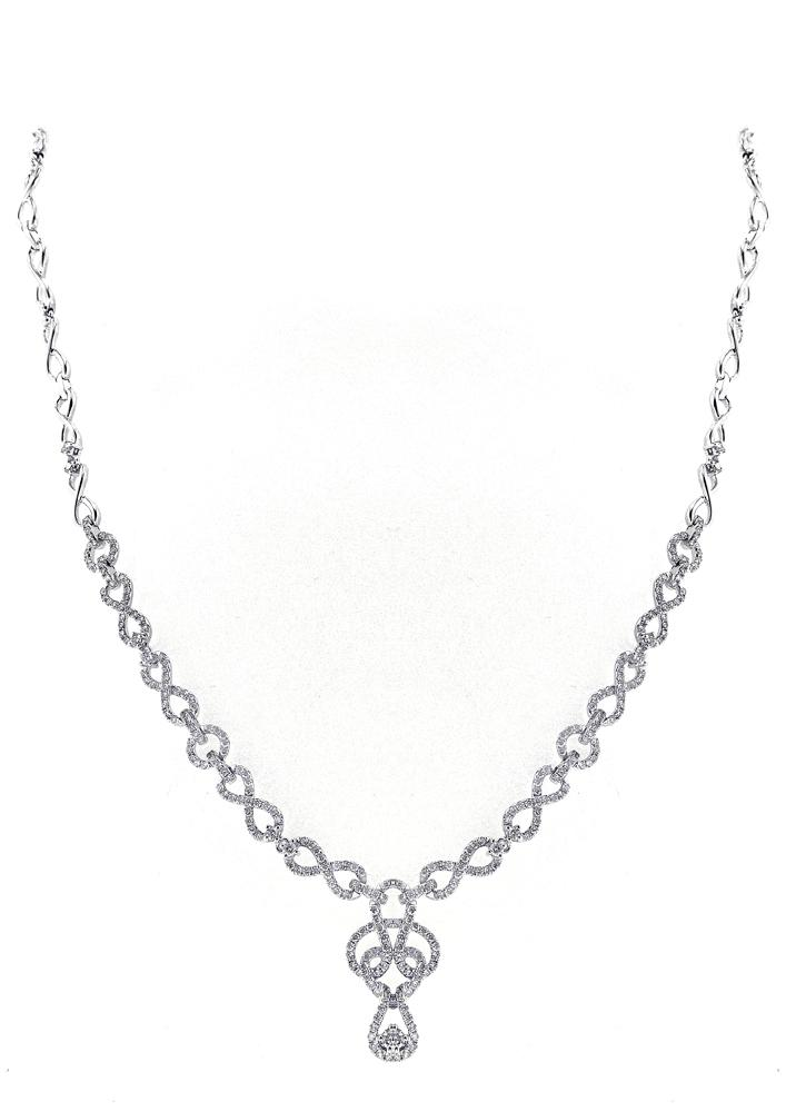 14K White Gold Diamond Necklace With Round Cut Diamonds