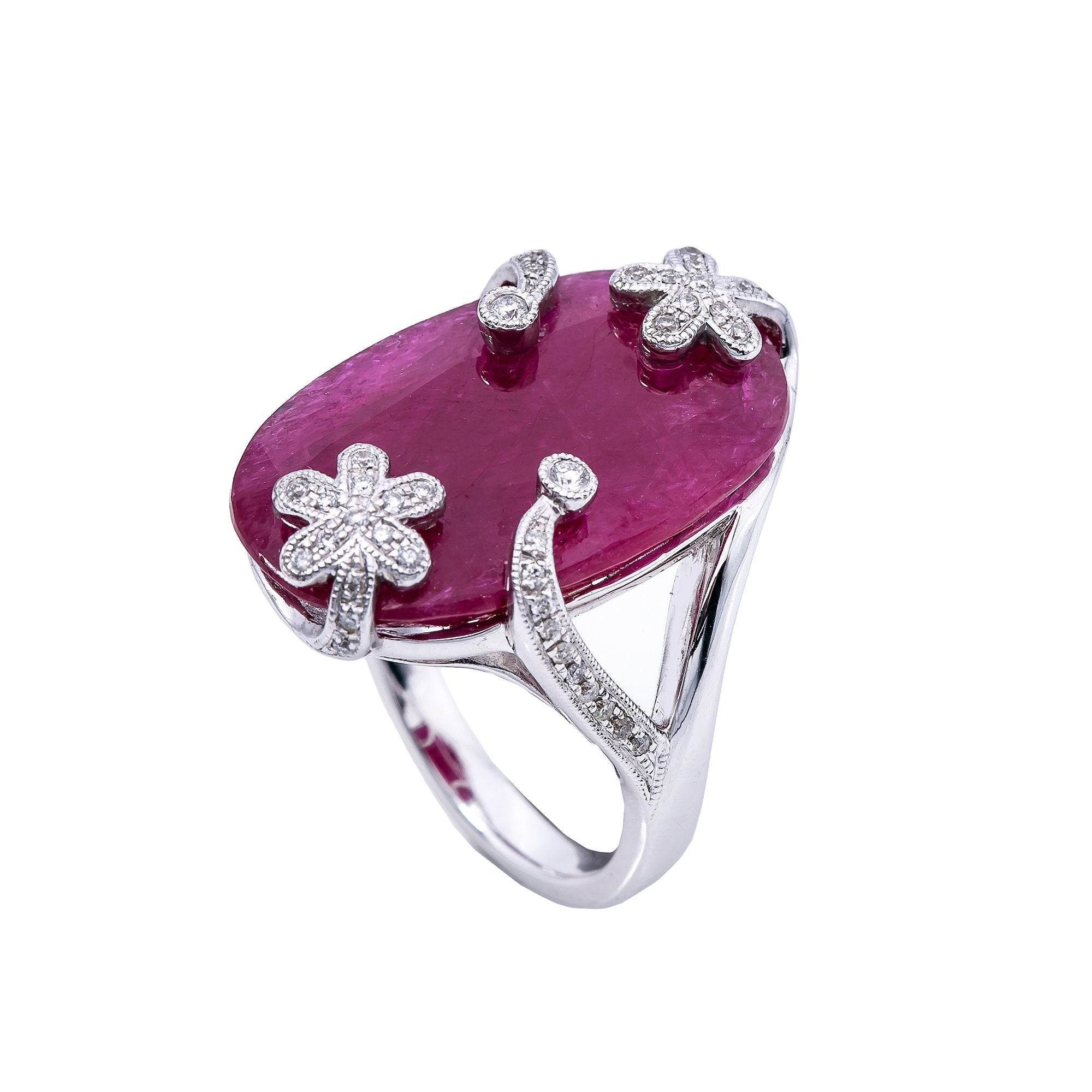 18K White Gold Round Shaped Ruby Ring