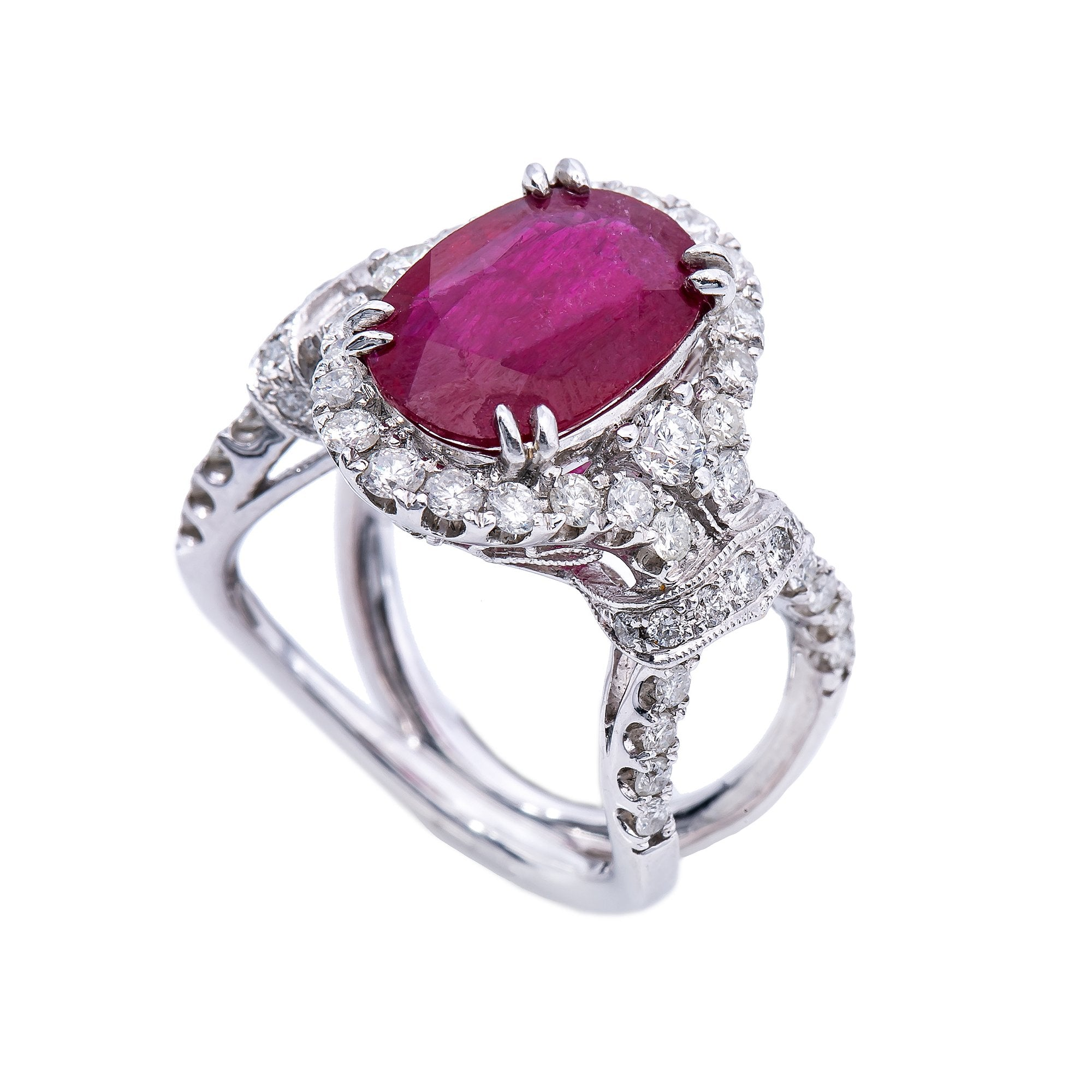 18K White Gold Oval Shaped Ruby Ring