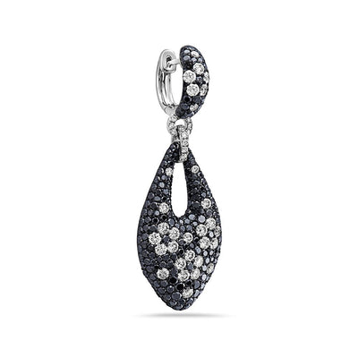 18K White Gold Ladies Earrings With White And Diamonds