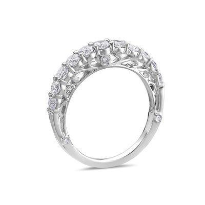Ladies 18k White Gold With 0.95 CT Diamond Wedding Band