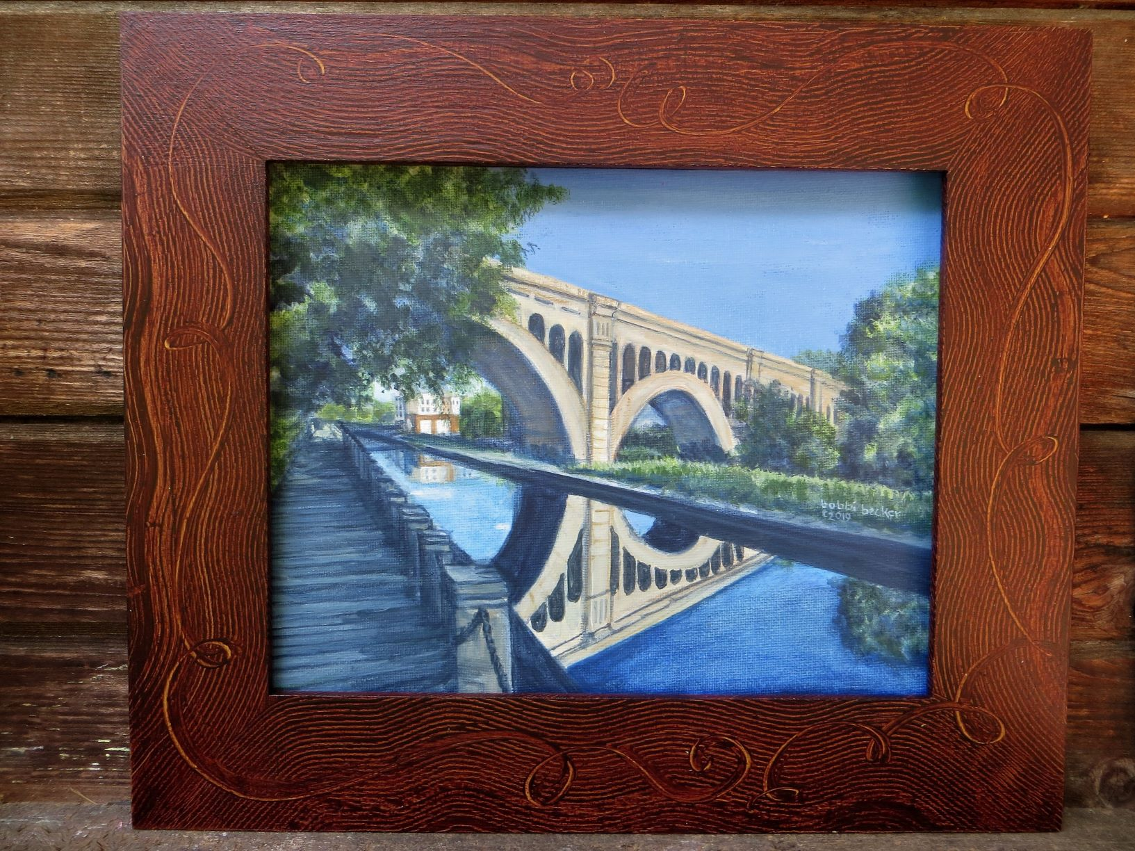 Manayunk Bridge Goldern Swirl Frame