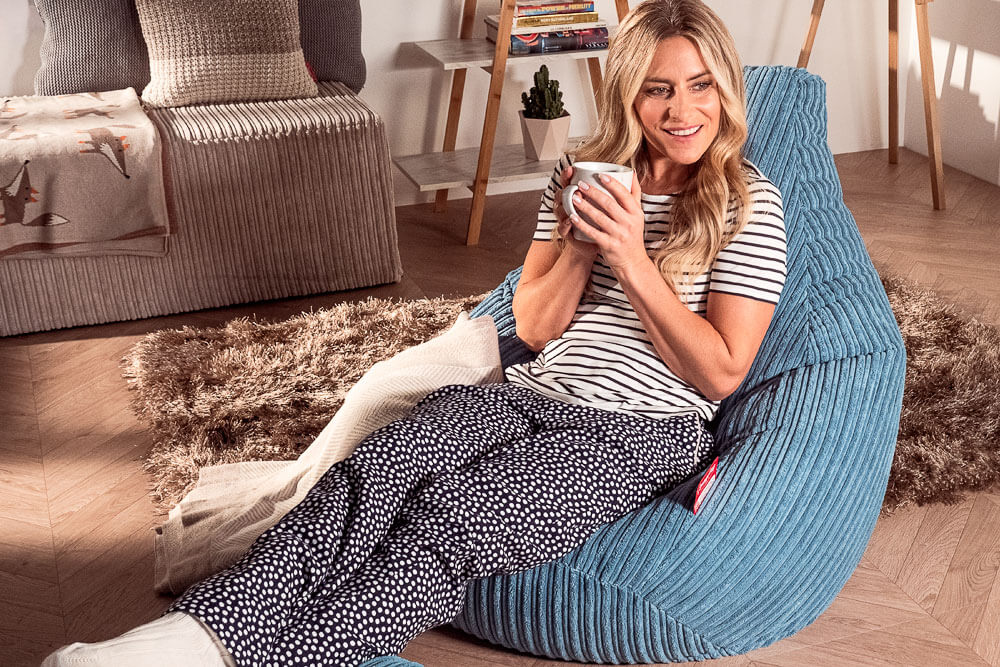 The highback bean bag chair is much loved for its wrap around cocooning shape, ergonomic design and the fact it can be neatly stored away when not in use.